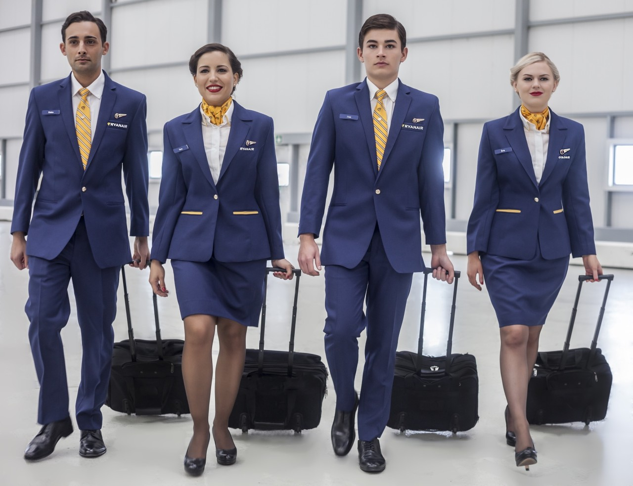 Ryanair-Uniforms-3-1280x983