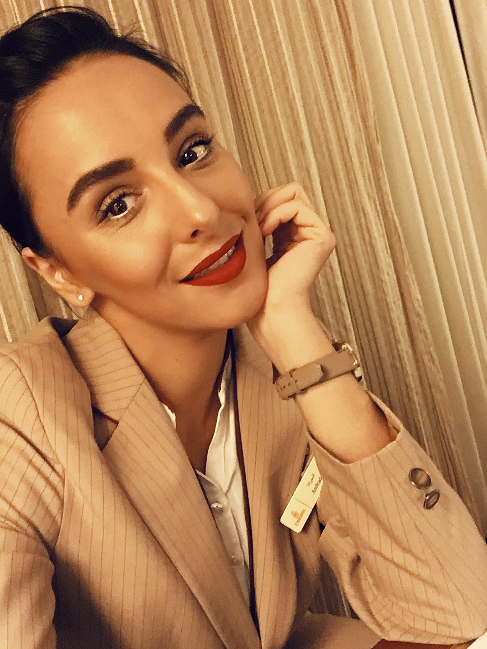 Interviu cu Andra Contiu – stewardesa la Emirates 4