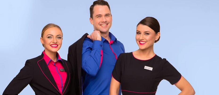 Cum arata noile uniforme Wizz Air