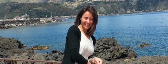 Povestea Andreei, viitoare stewardesa Etihad