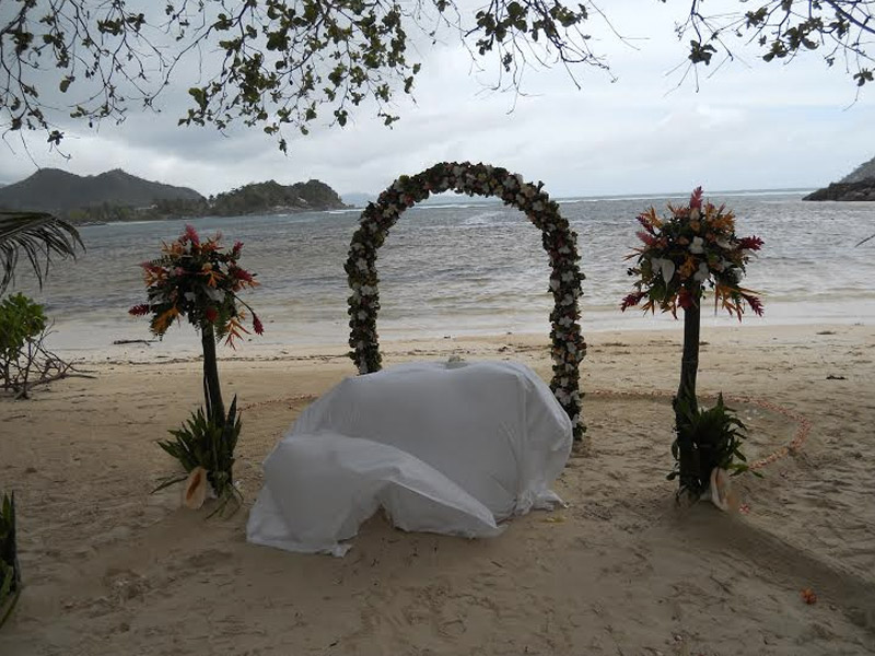 seychelles-nunta-pe-plaja