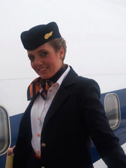 stewardesa-blue-air-1