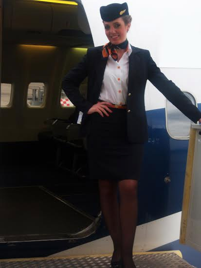 stewardesa-blue-air-3