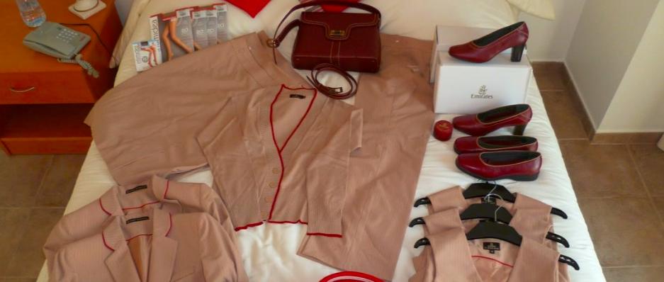 Stiai ca uniforma de stewardesa este facuta dintr-un material special?